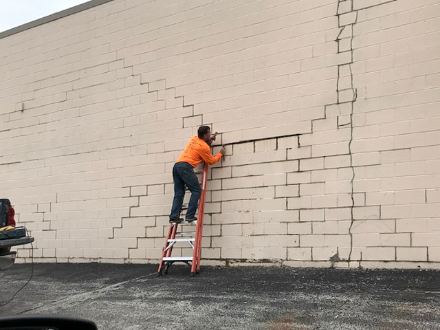 Commercial / Industrial Building Tuck Pointing